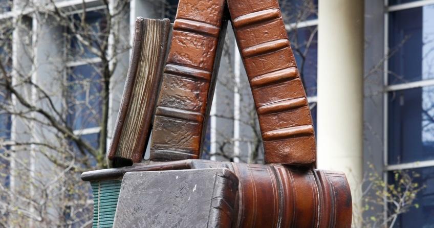 Dicke Bücher