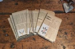 Adventskalender alte Buchseiten
